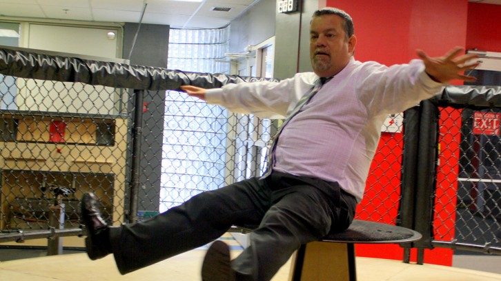 Soft news reporter Cyril Lunney takes a spin at the Discovery Centre in a segment for Halifax's CTV Morning Live.