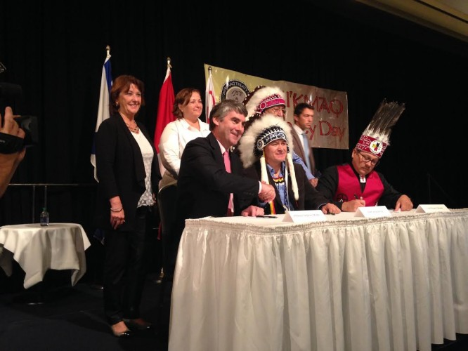 Premier Stephen McNeil and Chief Leroy Denny