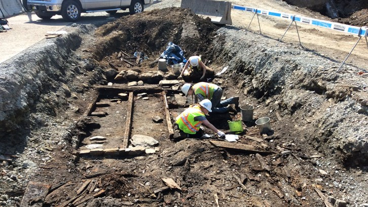 Archeologist find old foundations below Lower Water Street