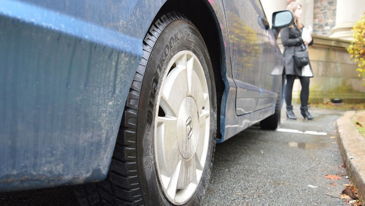 Some Nova Scotians are turning to online marketplaces to buy used winter tires.