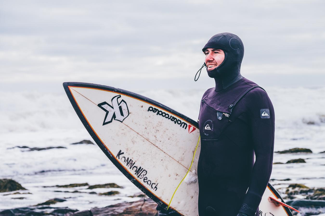 Winter_Surfing_Mel_Hattie_Craig_Colson