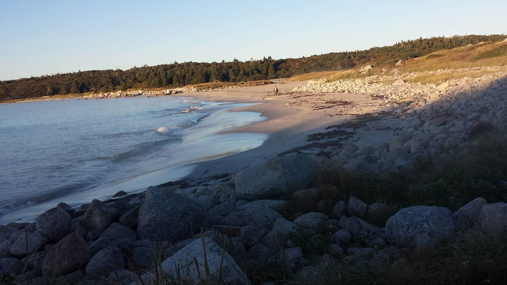 The main beach at Crystal Crescent Provincial Park.
