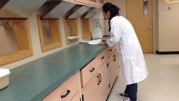 Teresa Chiu conducting a sensory experiment in the food lab of the applied human nutrition department