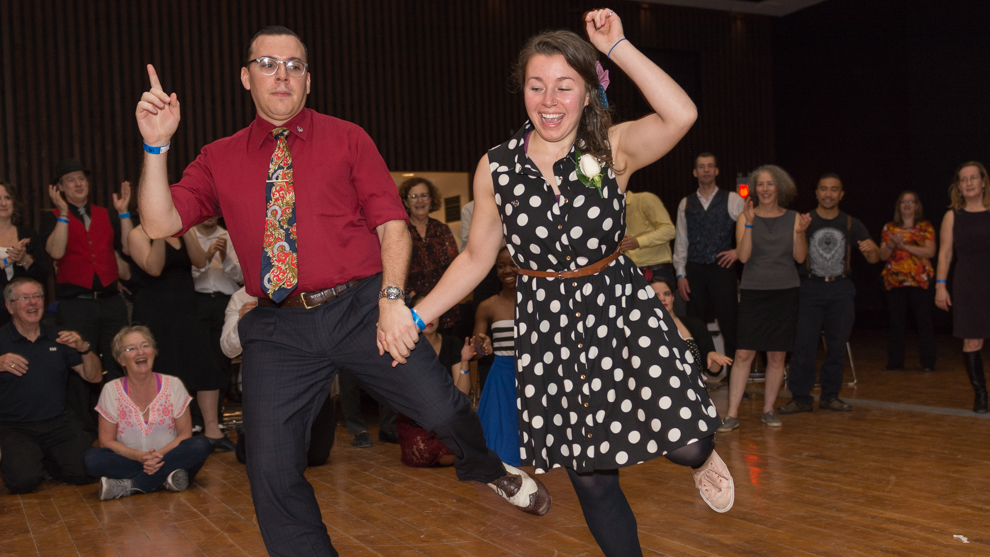 A duo takes on the centre of the jam circle at the 7th Annual Swing with the Fishes.