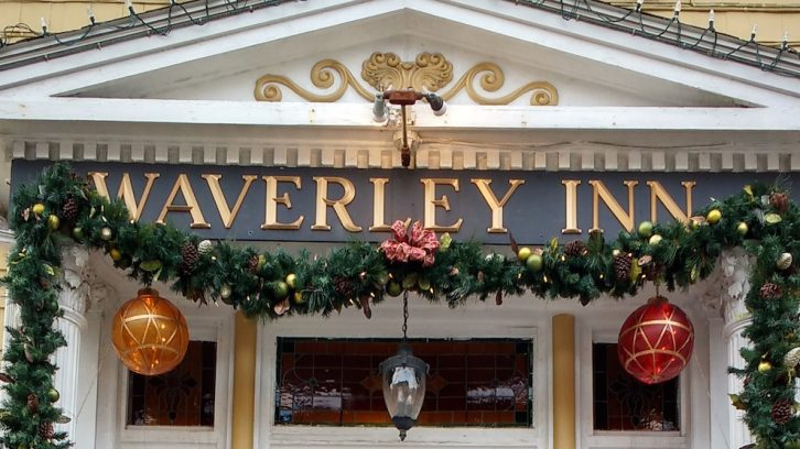 The front of the Waverly Inn, decorated for the holidays.