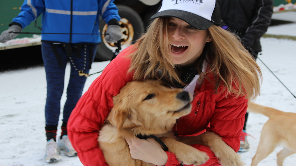Sarah Peel from Dogrunnin was on hand to greet all the students and their owners.