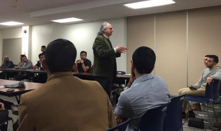 Lee Cohen answers a students question