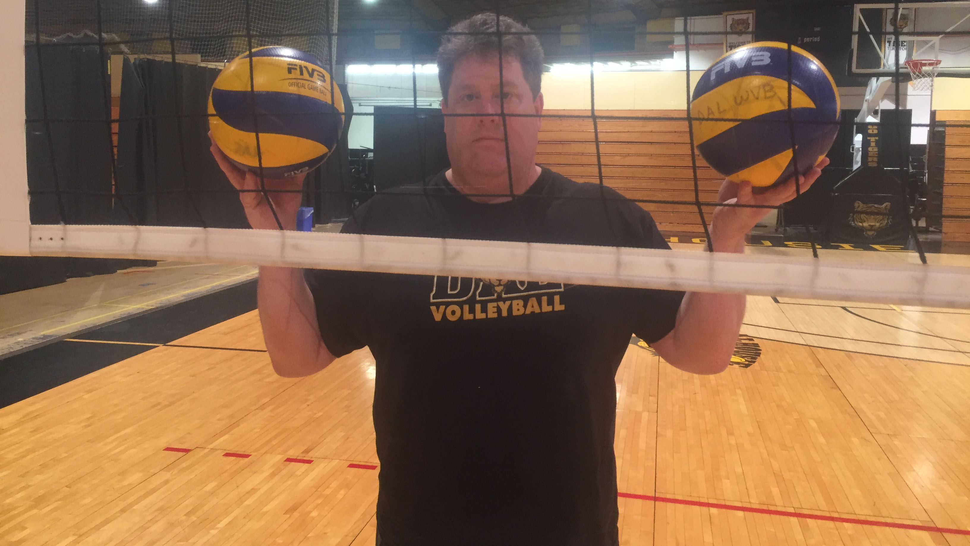 Rick Scott is just the second coach in Dal women's volleyball history to reach 100 wins