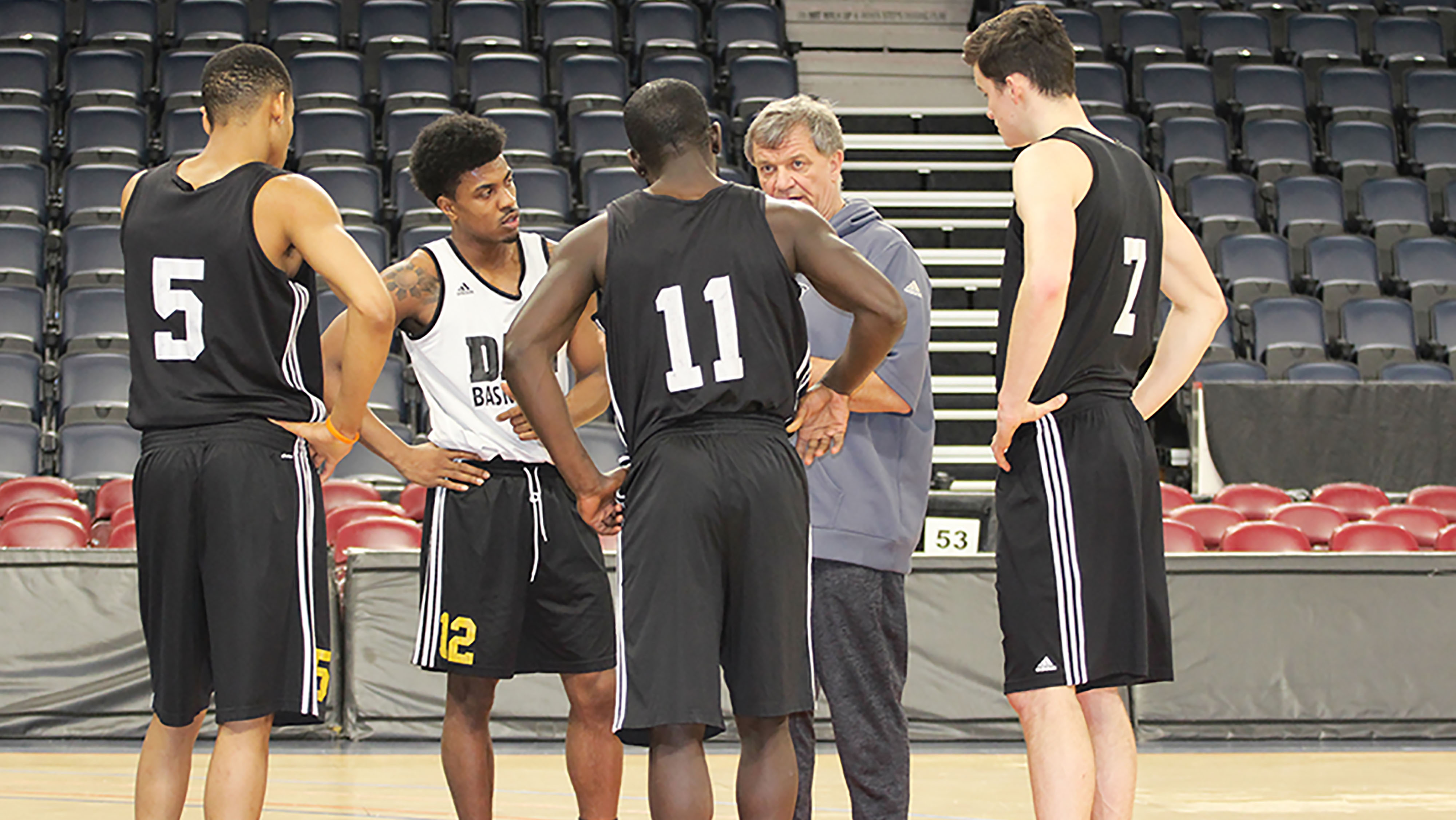 Dalhousie Tigers head coach Rick Plato directs his squad at practice last Wednesday.