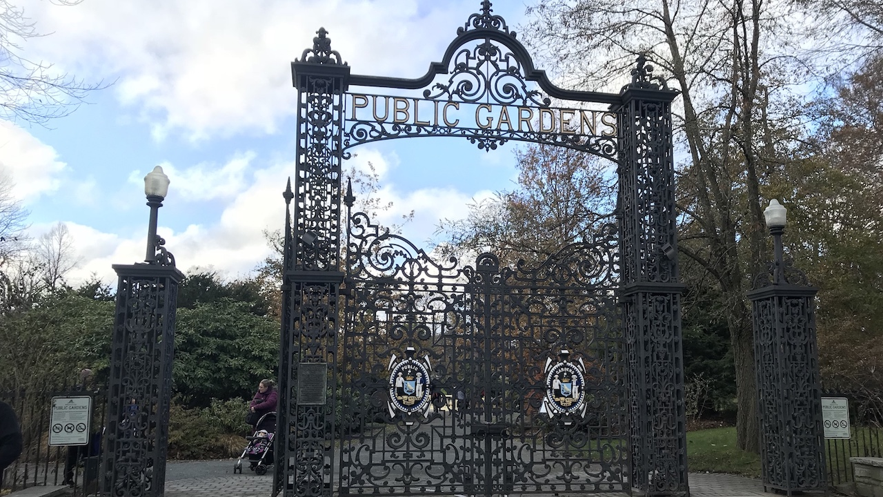 The Public Gardens will be open seven days a week this winter.