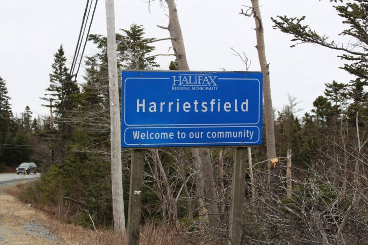 Harrietsfield Sign