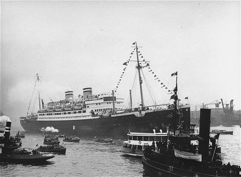The MS St Louis in Hamburg.